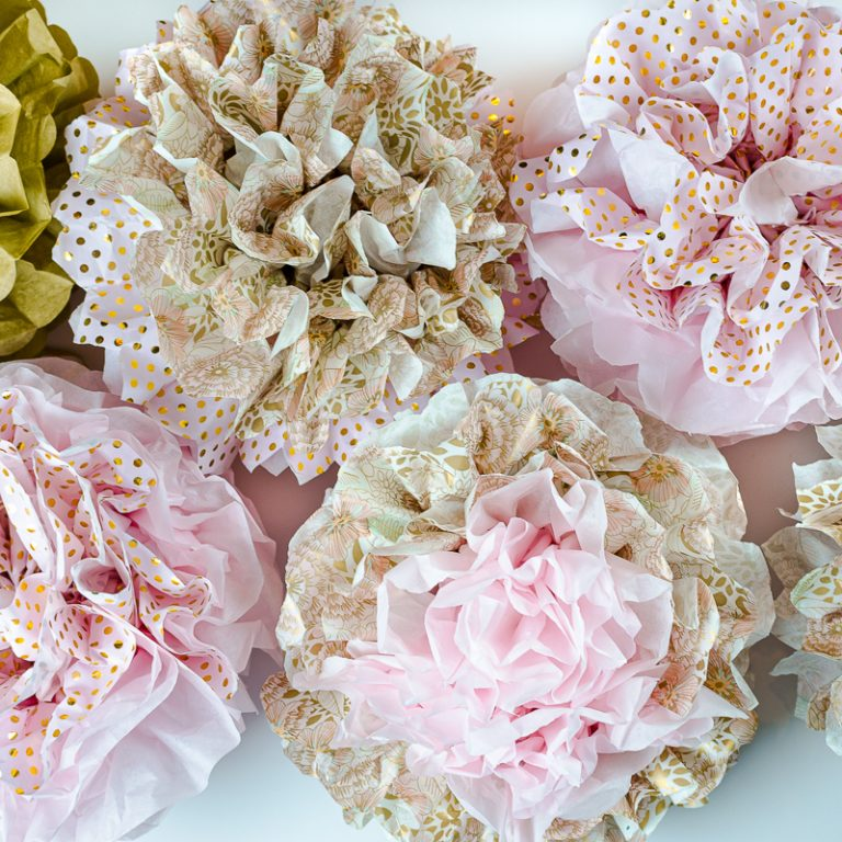 How to Make Beautiful Tissue Paper Pom-Poms (Multicolor)