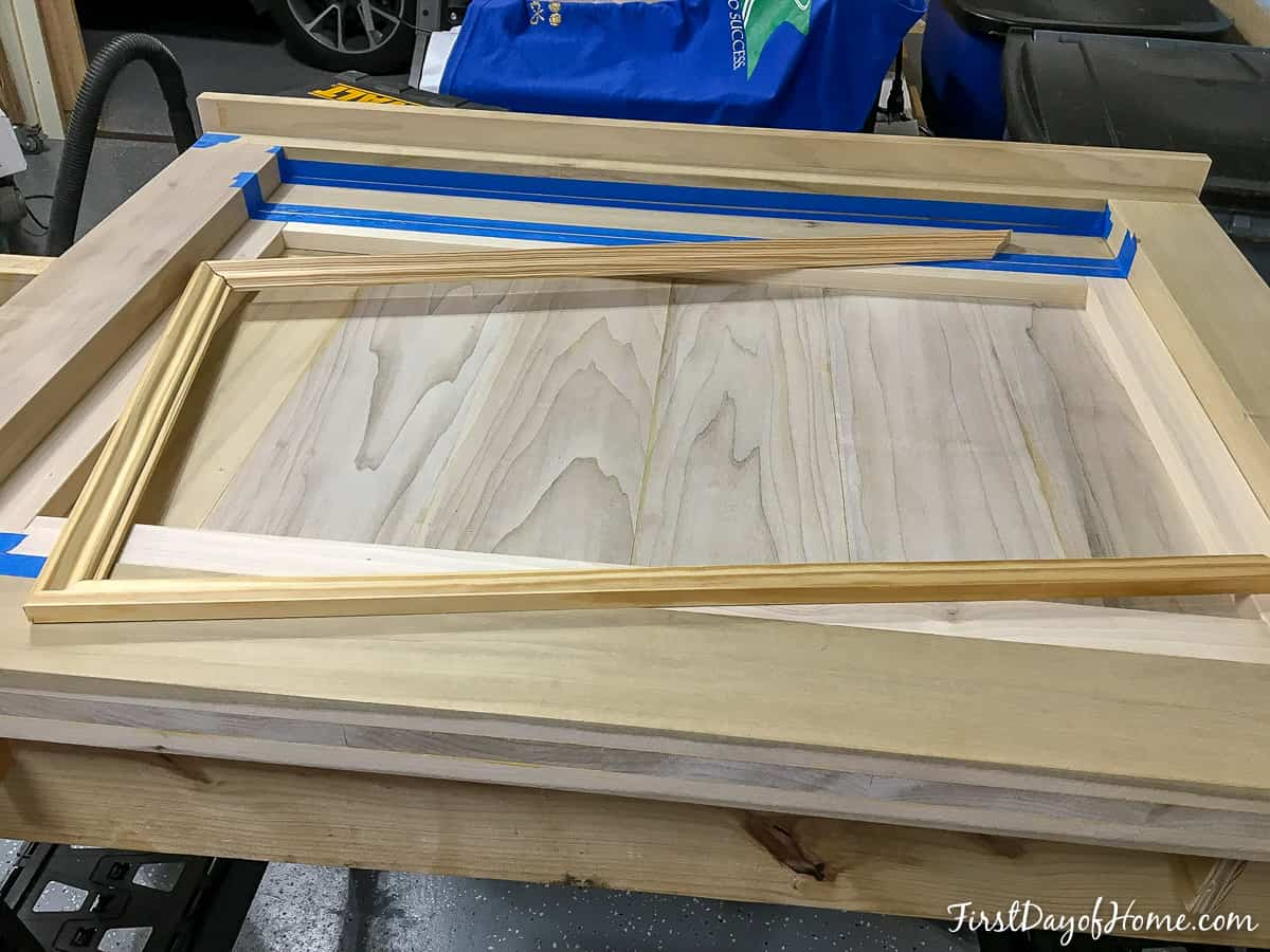Interior wainscot moulding for headboard