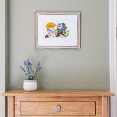 Microwave easy DIY pressed flower wall art tutorial
