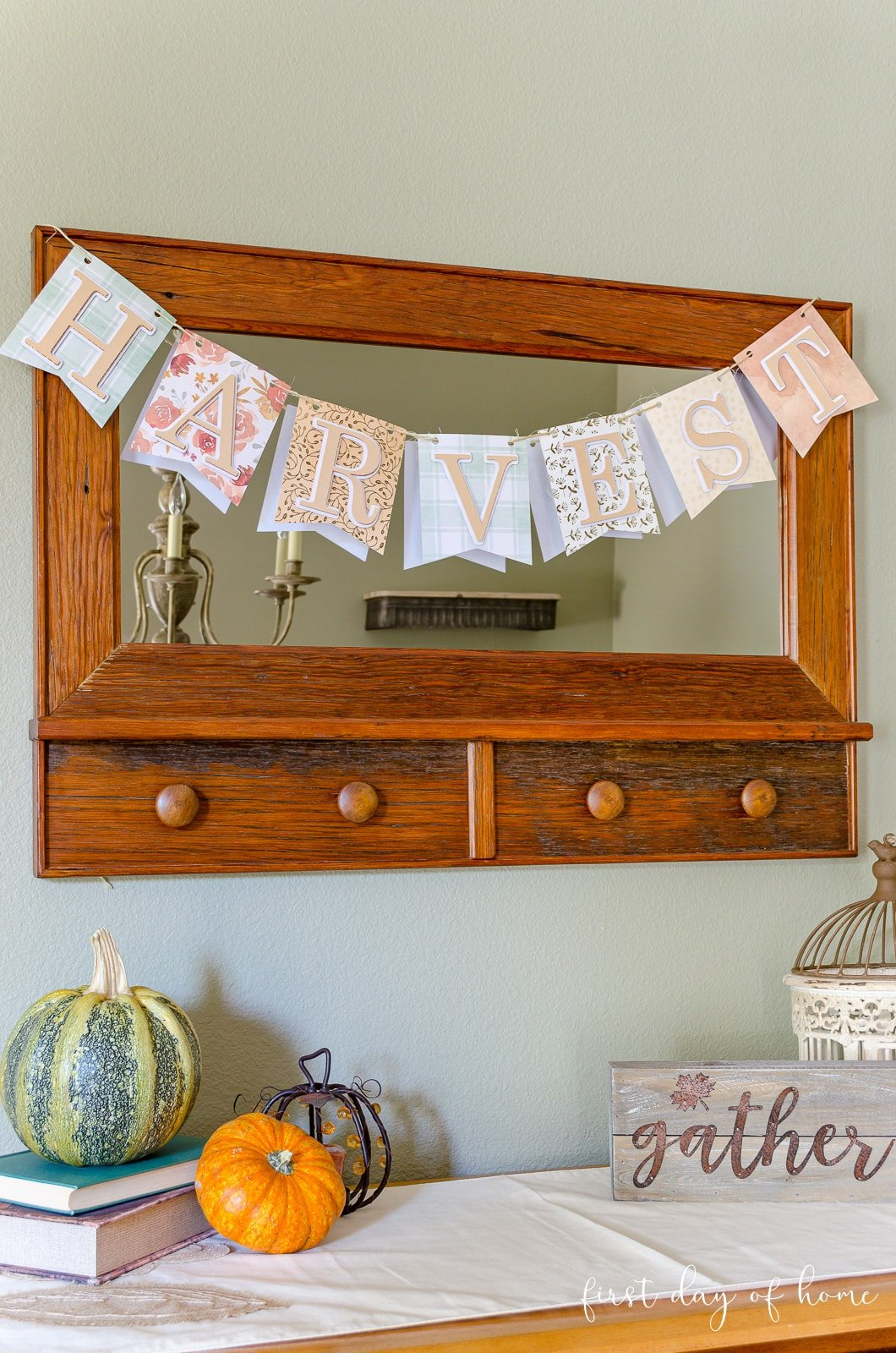 Fall banner for mantel or to hang on mirror and shelves