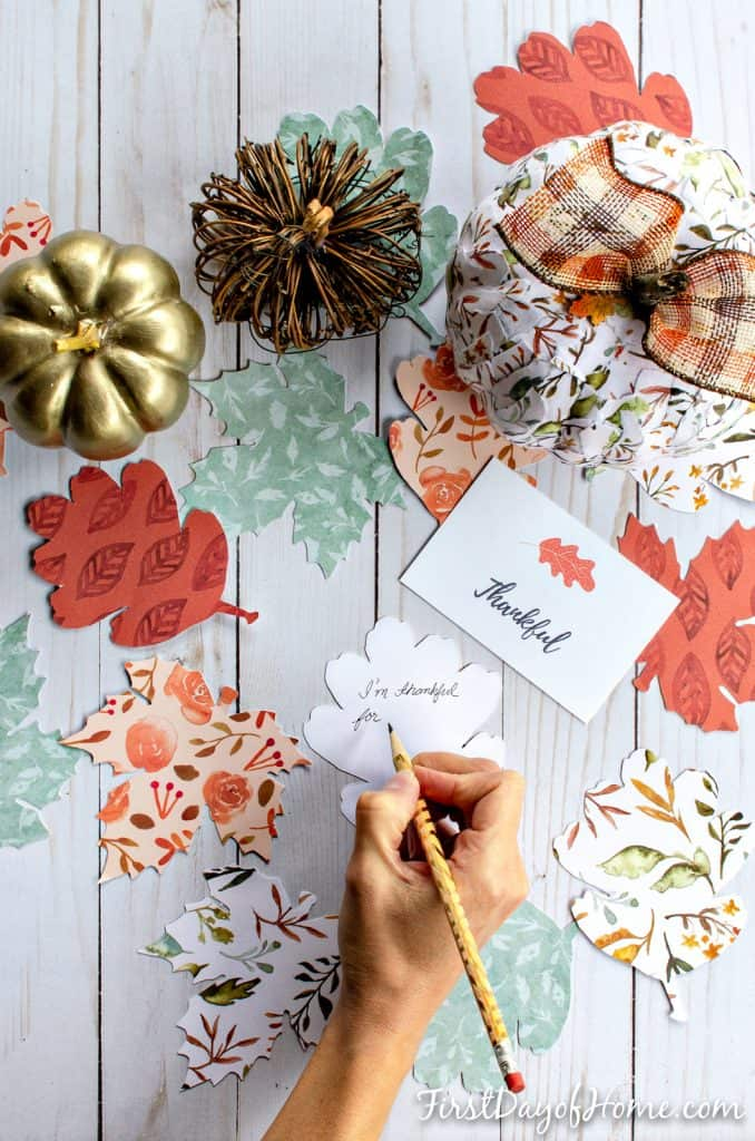 Gratitude tree activity for families - writing thanks