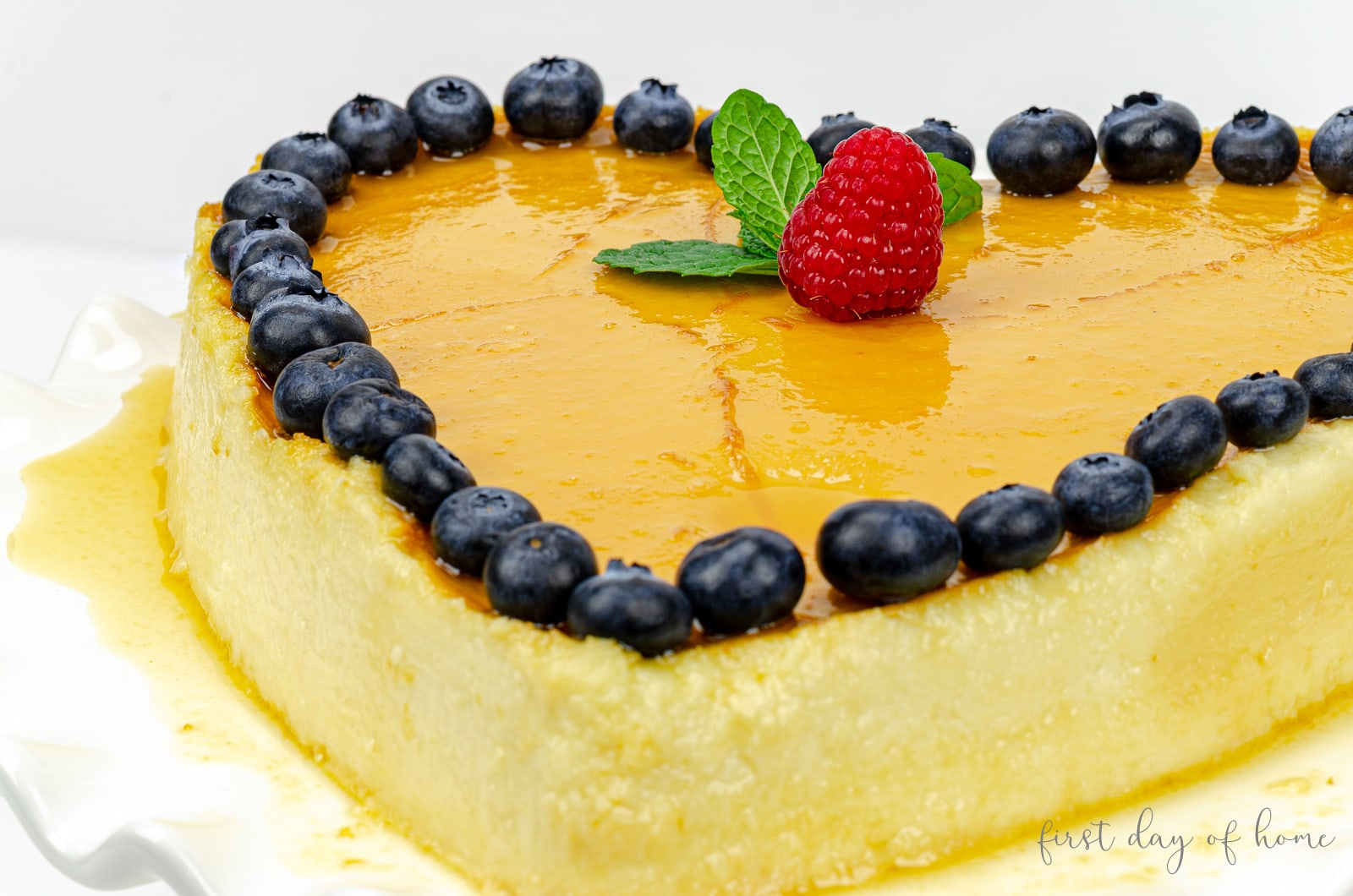 Caramelized cheesecake flan recipe (flan de queso) made from scratch