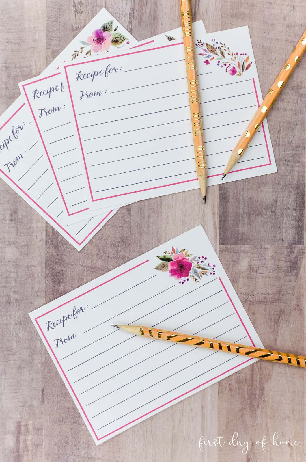 Free printable recipe cards and gold washi tape pencils