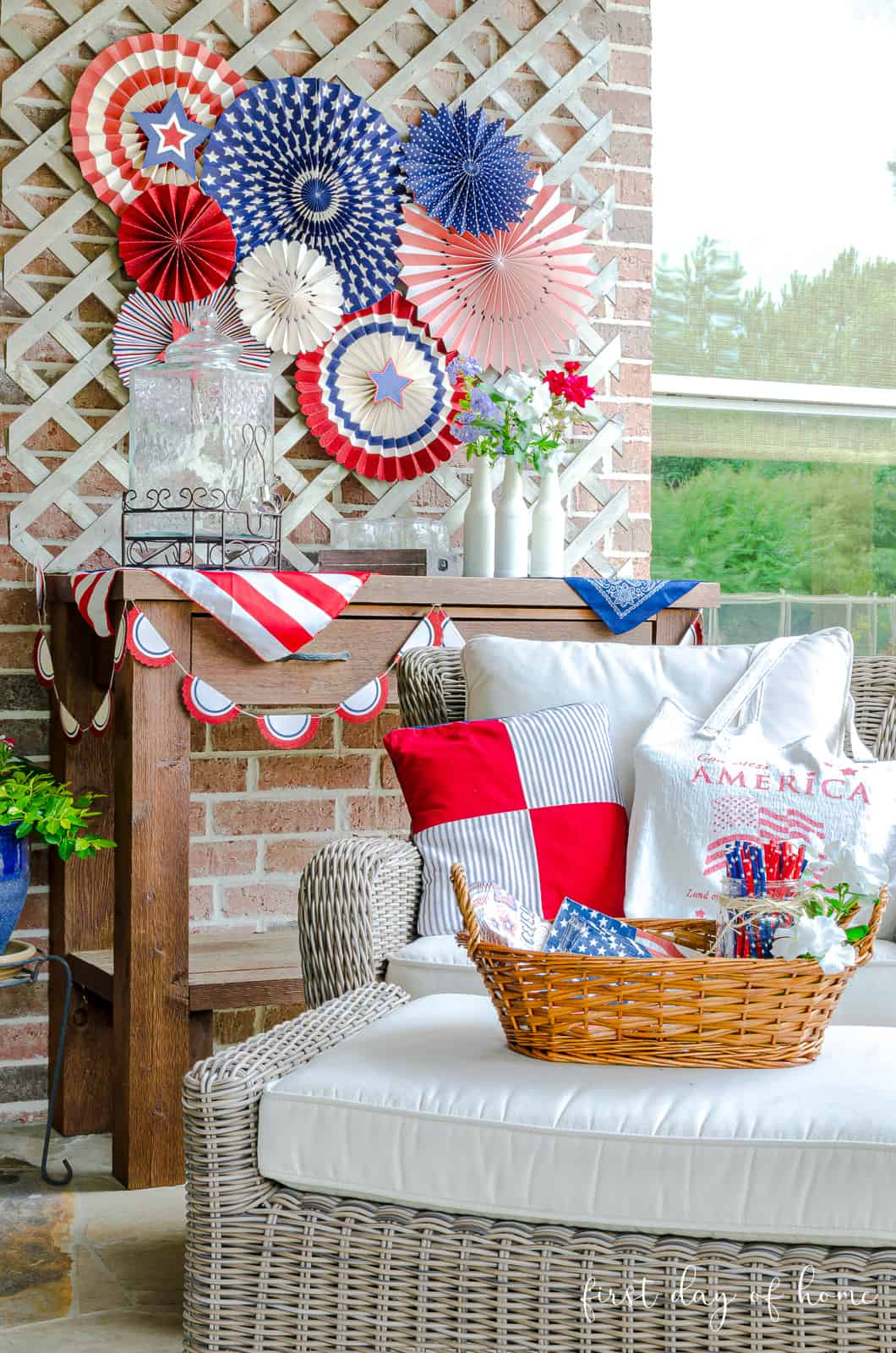 Patio with 4th of July patriotic decor