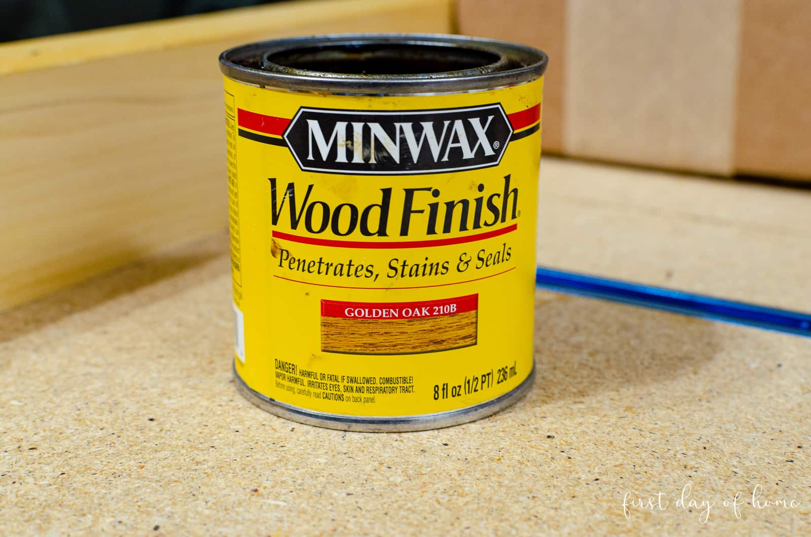 Minwax wood finish stain for DIY decoupage wood sign