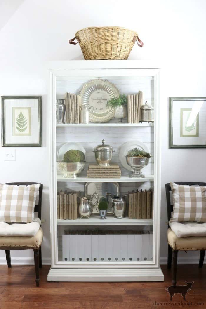 The Crowned Goat turning a display case into bookshelves