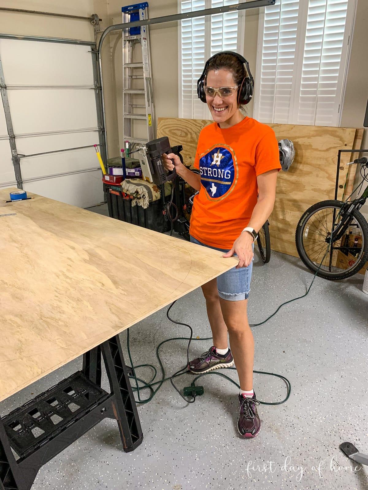 Cutting wooden pumpkins with jigsaw