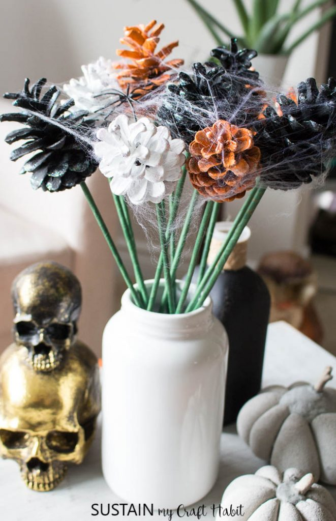 Pine cone flowers for Halloween in orange, black and white