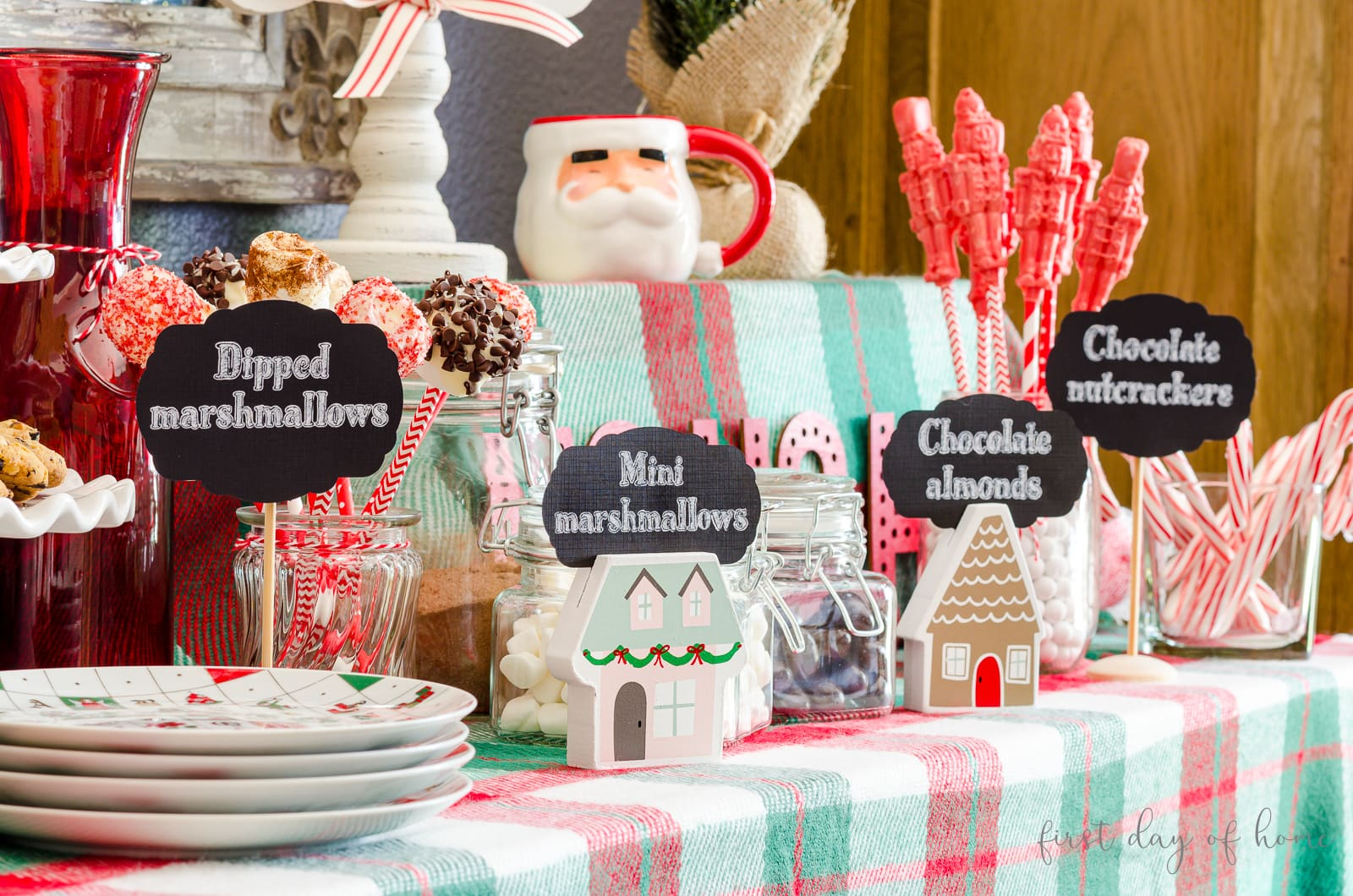 Hot cocoa bar ideas for signs and accessories