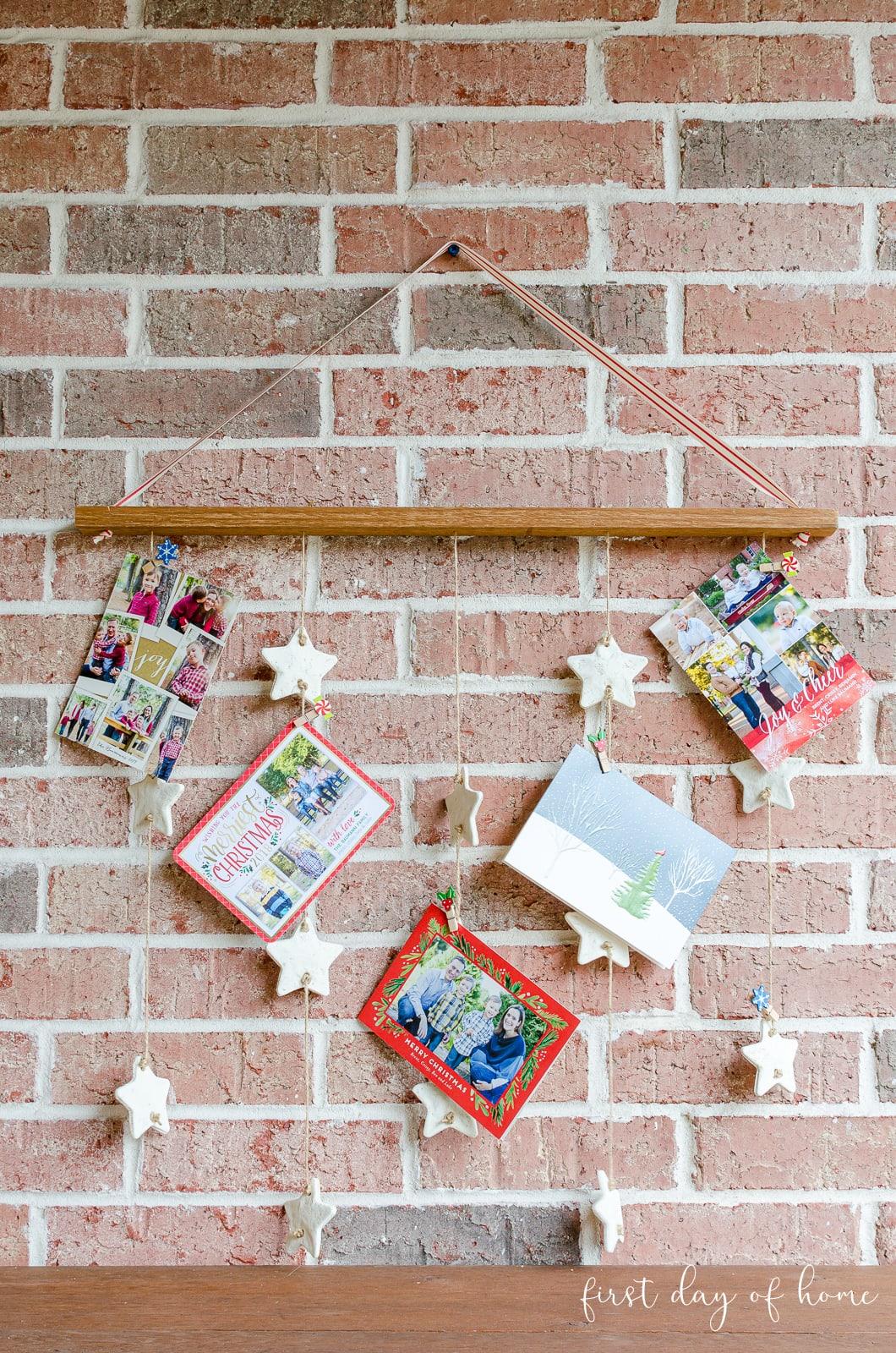 Final DIY Christmas card wall hanging