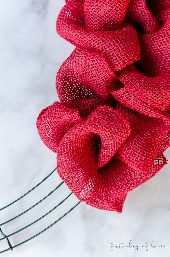 How To Make A Burlap Wreath Easy Guide Video For Beginners