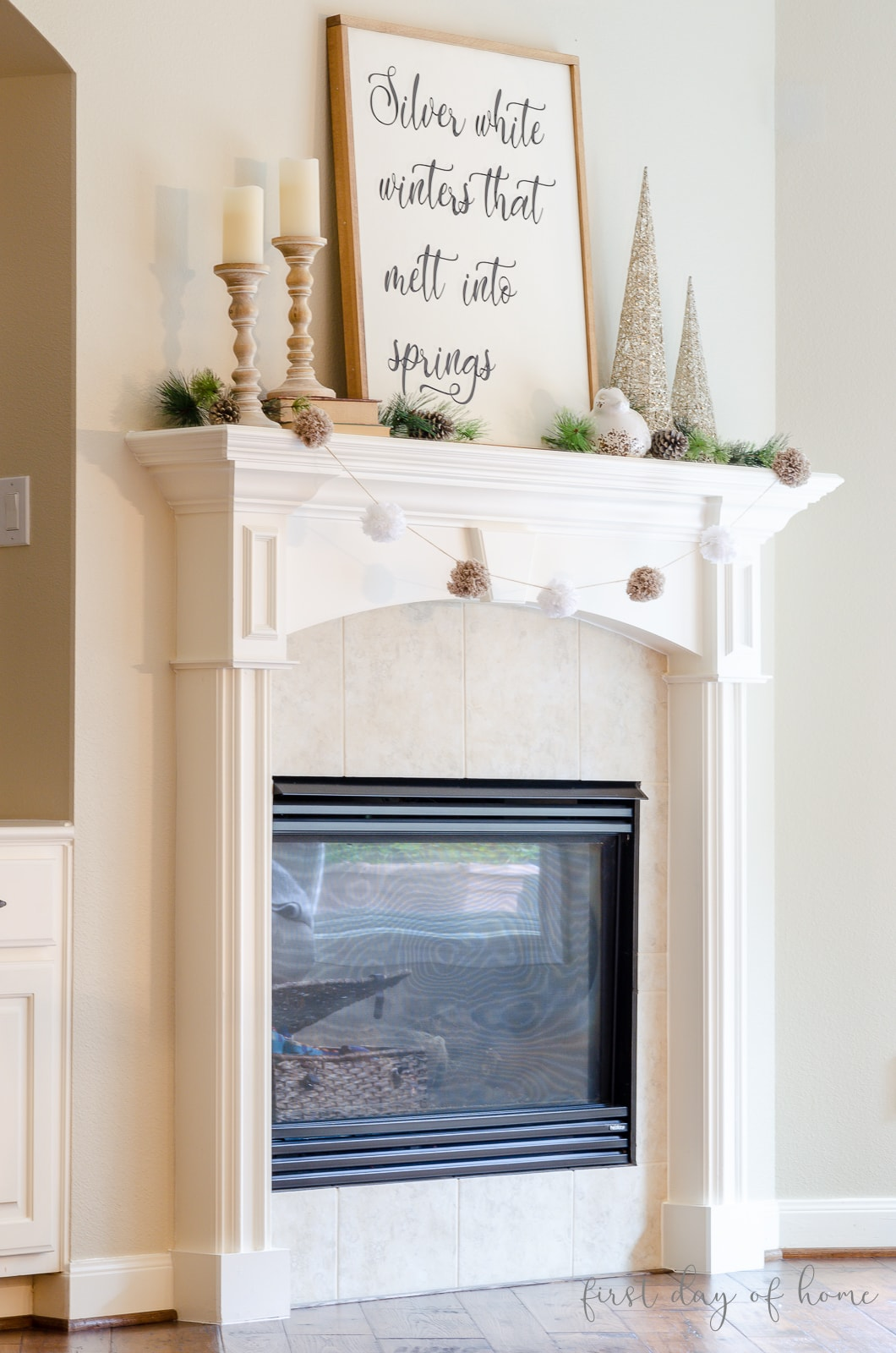 Winter mantel decorating ideas with farmhouse accents