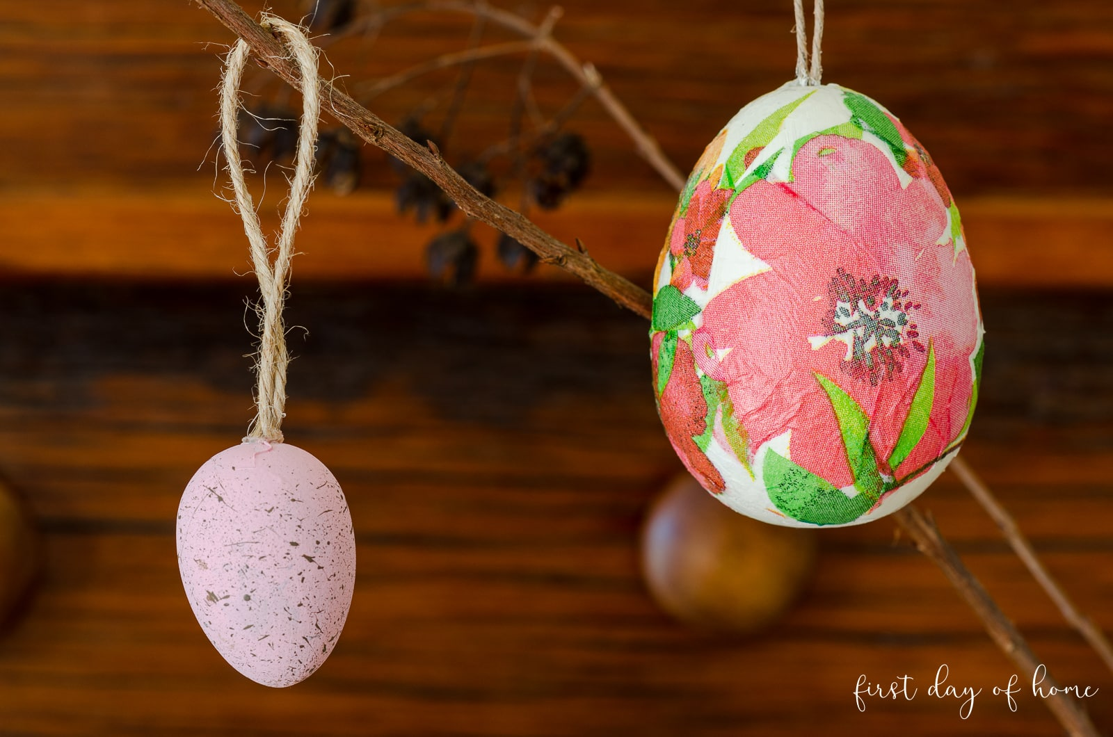 Hanging decoupage Easter egg ornaments