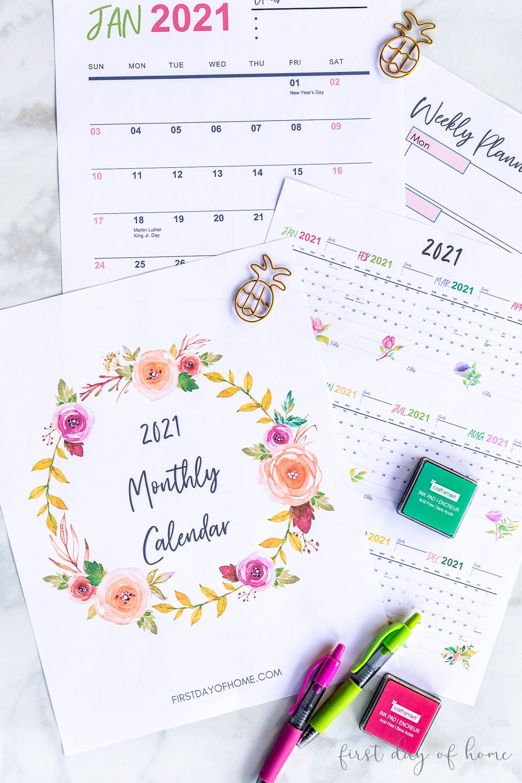 2021 calendar printable pages including year-at-a-glance, monthly calendar, weekly planner and notes pages