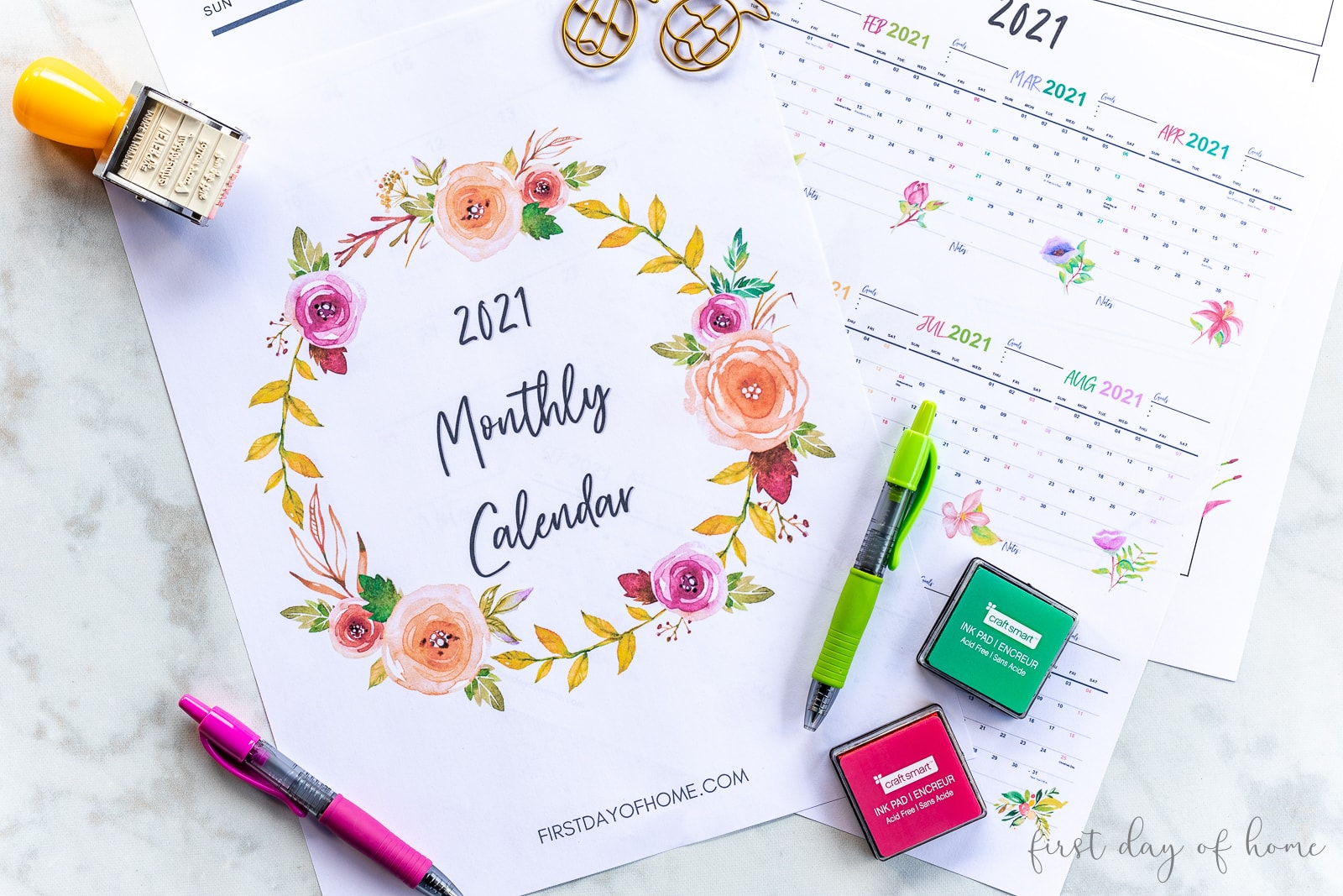 2021 calendar printable with colored pens, ink pads and stamps