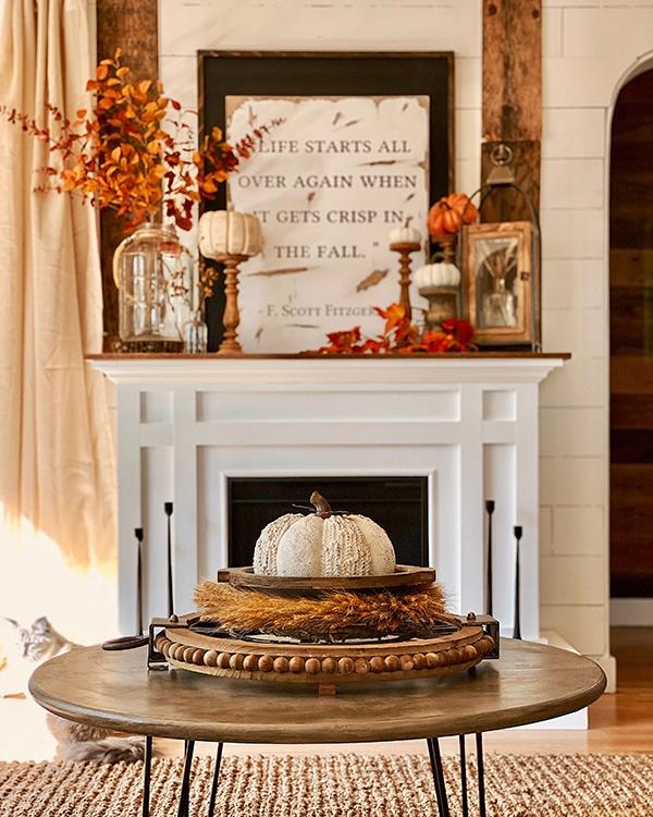 Fall mantel decor by Janelle Trinette